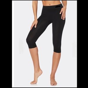 MPG Crop Black leggings